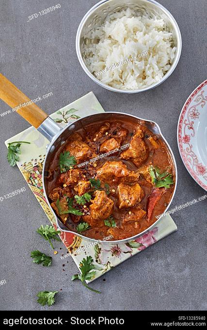 Spicy lamb goulash Goan vindaloo-styla