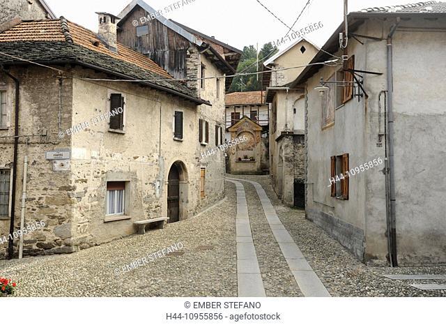 Italy, Piemont, Orta, Arto, village, lane, building, chapel, cobblestones