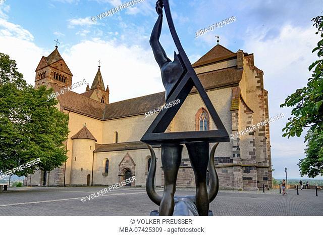Breisach am Rhein, cathedral church Stephansmünster (Saint Stephan cathedral), work of art 'Europa greift nach den Sternen' ('Europe is reaching for the stars')