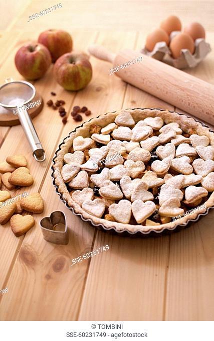 Apple, raisin and shortbread heart pie