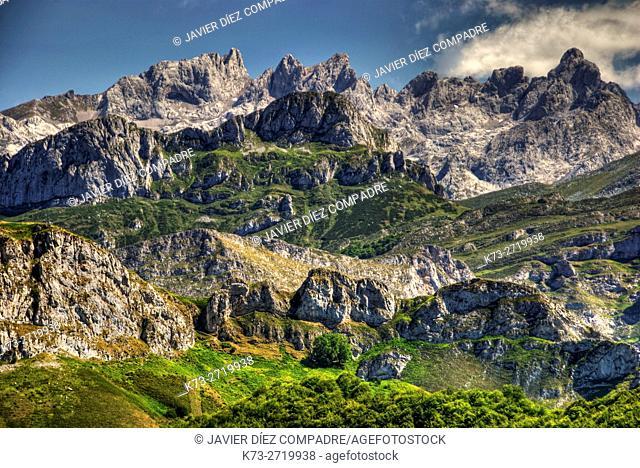 Western Massif of Picos de Europa from Ponga Conceil. Asturias. Spain