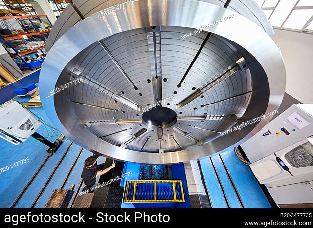 Machining Centre, CNC, Horizontal turning and Milling lathe. Design, manufacture and installation of machine tools, Metal industry, Mechanical workshop