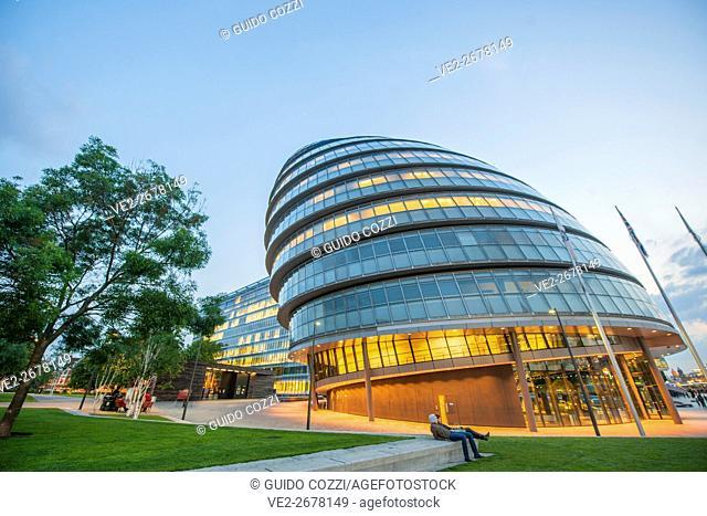 United Kingdom, England, London. London City Hall