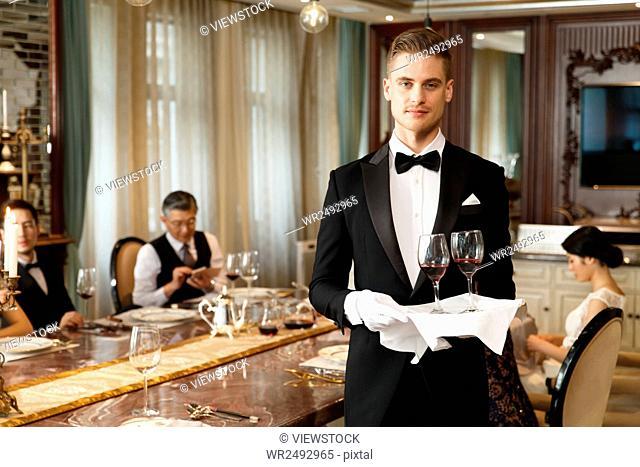 Deluxe Hotel Service