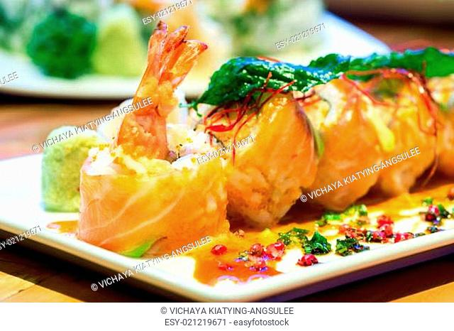 Salmon Roll with Shrimps