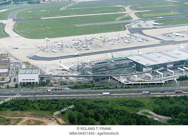 Germany, Hessia, Frankfurt, descent on the airport