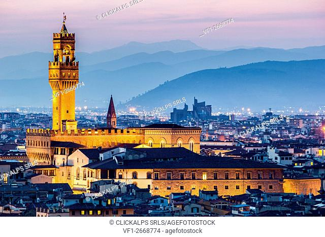 Florence, Tuscany, Italy. cityscape and Palazzo Vecchio. Sunset, lights on