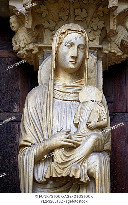 Gothic statues from the North porch of Cathedral of Chartres, France. . A UNESCO World Heritage Site