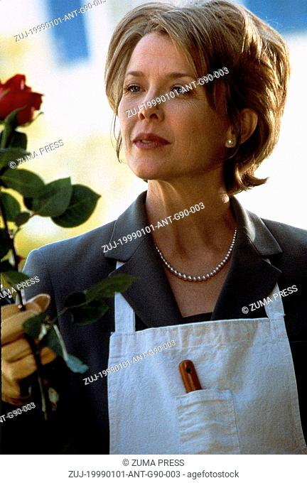 Jan 01, 1999; Hollywood, CA, USA; Image from Sam Mendes's drama 'American Beauty' starring ANNETTE BENING as Carolyn Burnham