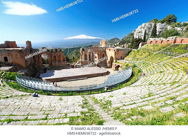Italy, Sicily, Taormina, theatre of the Greco-Roman antiquity