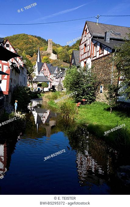 half-timbered houses in the historical city centre, Germany, Rhineland-Palatinate, Monreal