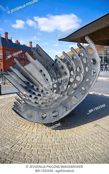 Merchant Seafarer's War Memorial by Brian Fell, Cardiff Bay, Cardiff, Caerdydd, South Glamorgan, Wales, United Kingdom, Europe