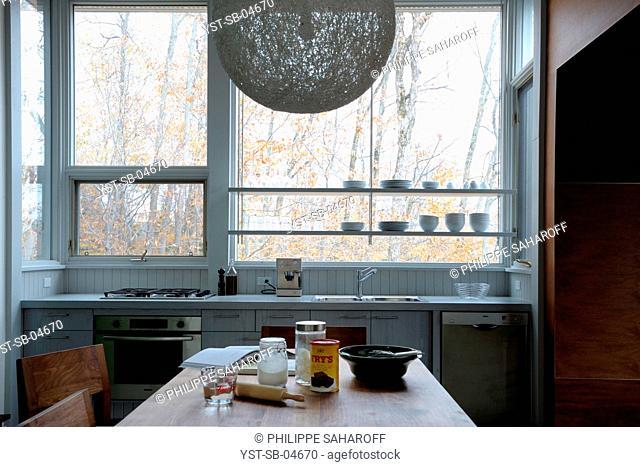House, inspiration on Habitat 67, Canada, Quebec