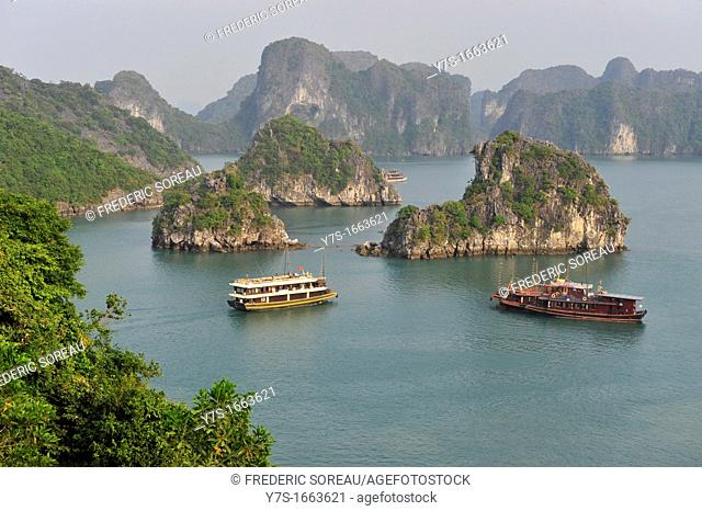 Asia,South East Asia,Vietnam,Halong Bay