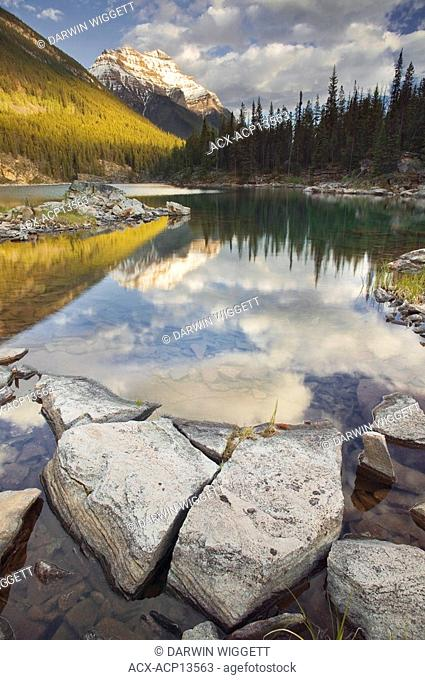 Horseshoe Lake and Mount Kerkeslin, Jasper National Park, Alberta, Canada