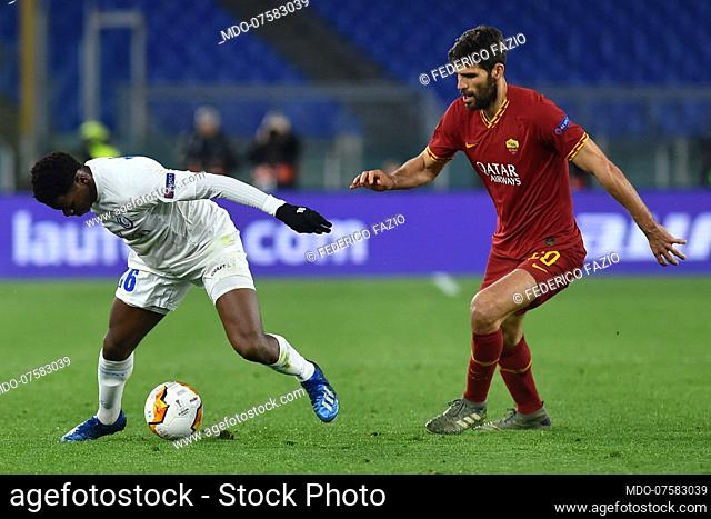 Roma football player Federico Fazio and Kaa Gent football player Jonathan David during the match Roma-Kaa Gent in the olimpic stadium