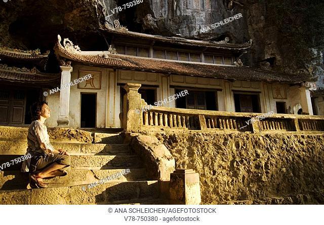 Ancient pagoda built inside a cave