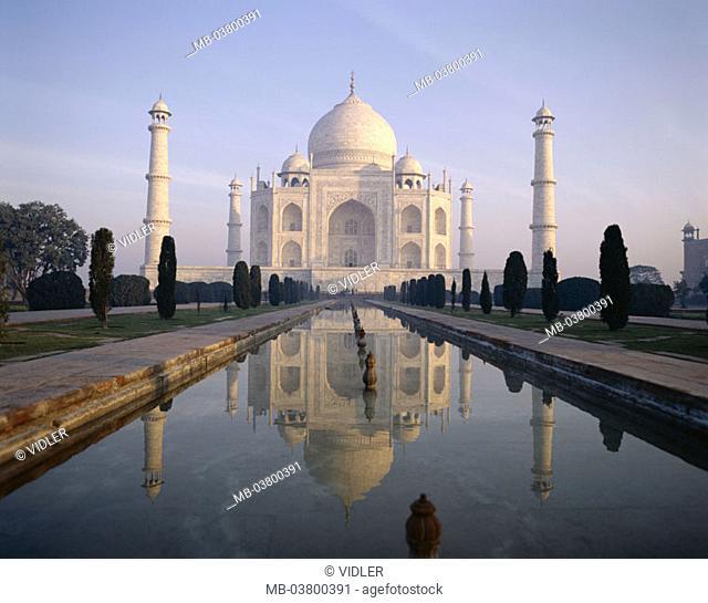 India, Agra, Taj Mahal, park, Basins, reflection,  Asia, South Asia, North India, Uttar Pradesh, mausoleum, approximately 1648, onion dome, 58 m high, minarets