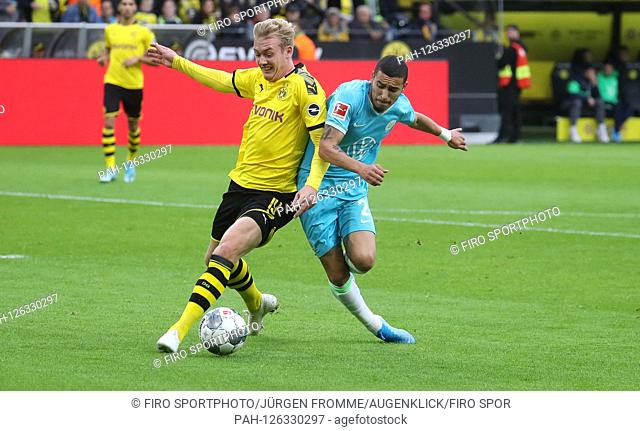 firo: 02.11.2019, Football, Football: 1.Bundesliga: BVB Borussia Dortmund - VfL Wolfsburg duels, Julian Brandt versus William | usage worldwide