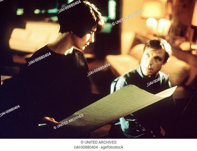 Drei Farben: Blau Szene mit Julitte Binoche Regie: Krzysztof Kieslowski aka. Trois couleurs: Blanc / DREI FARBEN: BLAU FRA/POL/Schweiz 1993