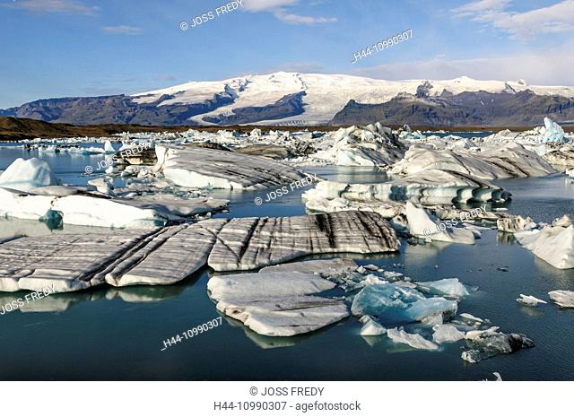 Glacial lake Jökulsarlon with icebergs in south Iceland