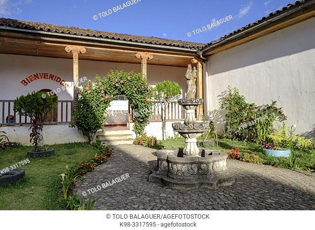 Cloister, San Juan Cotzal, departamento del Quiché, Triángulo Ixil, Guatemala, America Central