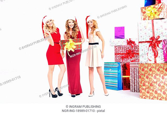Group of blondies with Christmas presents