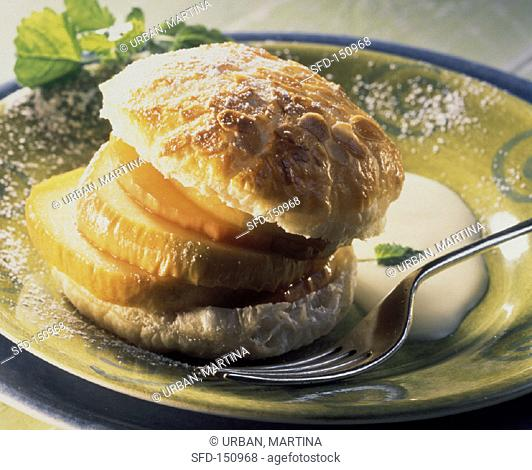 Sweet apple puff & pastry burger with vanilla sauce