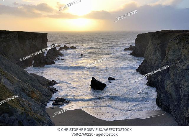 France, Brittany, Morbihan, Belle-Ile, The Cote sauvage near Port Coton
