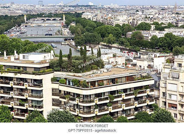 APARTMENT BUILDING WITH VIEW OF THE SEINE, PALAIS DE CHAILLOT, 16TH ARRONDISSEMENT, PARIS (75), FRANCE