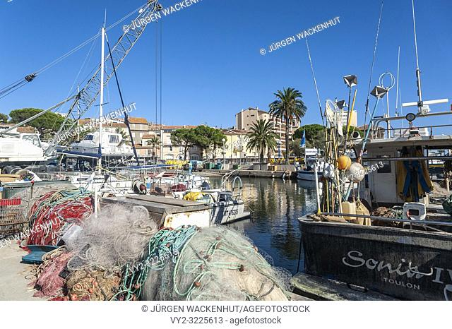 Fishing harbor, Sainte-Maxime, Var, Provence-Alpes-Cote d`Azur, France, Europe