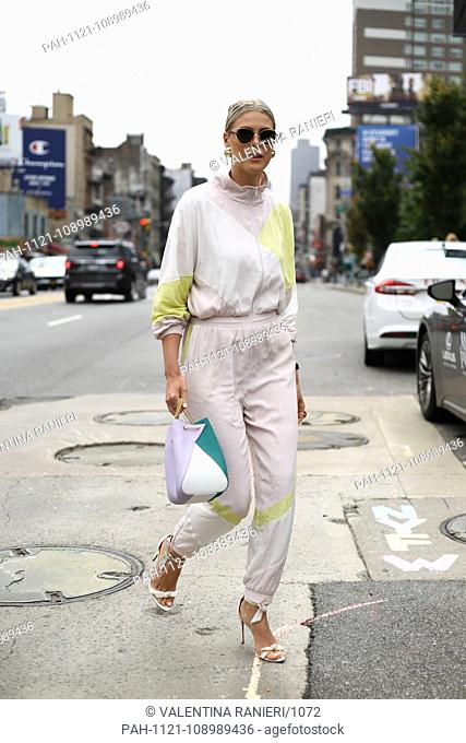 Blogger Sofie Valkiers posing on the street during New York Fashion Week - Sept 11, 2018 - Photo: Runway Manhattan ***For Editorial Use Only?*** | usage...