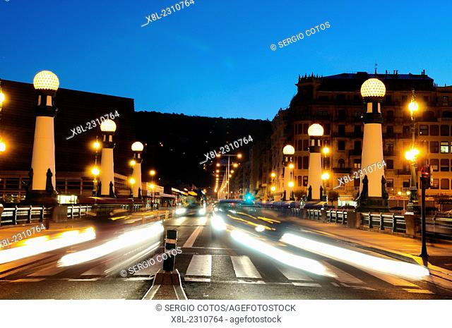 Night traffic on the bridge of kursaal, san sebastian, Basque Country, guipuzcoa, Spain