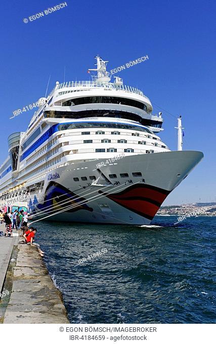 Cruise ship AIDAstella, built in 2013, 253,3m long, 2700 passengers, at the quay of Karaköy, Istanbul Modern, Beyoglu, Istanbul, Turkey