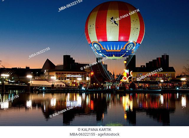 Hot air balloon at Disney Village Paris Marne La Vallee