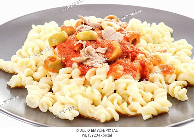 fusilli with tuna sauce and olives