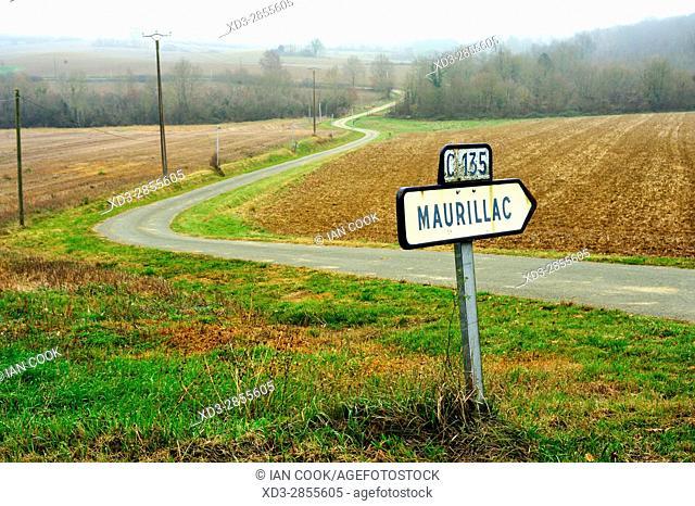 country road near Lauzun, Lot-et-Garonne Department, Aquitaine, France