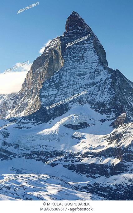 peak,mountain,matterhorn,gornergrat,peak,travel,travel photography,outdoors,outside,nature,touristic,travel destinations,exterior view,attraction,attractions