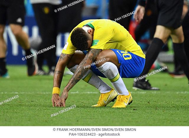NEYMAR (BRA) am ground destroyed after game end, disappointment, frustrated, disappointed, frustratedriert, dejected, action, single action, single image
