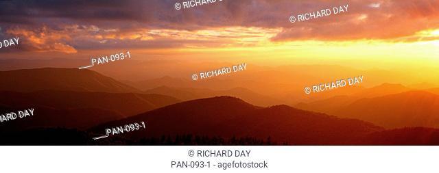 Sunset, Blue Ridge Parkway, Great Smoky Mountains, North Carolina, USA