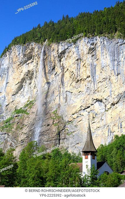 Staubbach Falls and church, Lauterbrunnen, Bernese Oberland, Switzerland