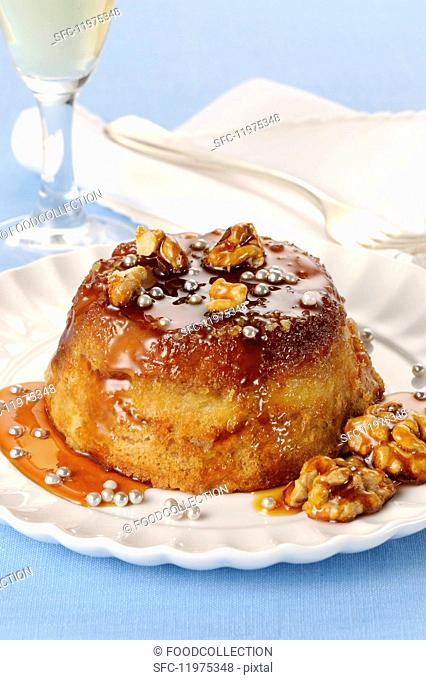 Sformato di savoiardi (sponge finger bake with walnuts and caramel, Italy)