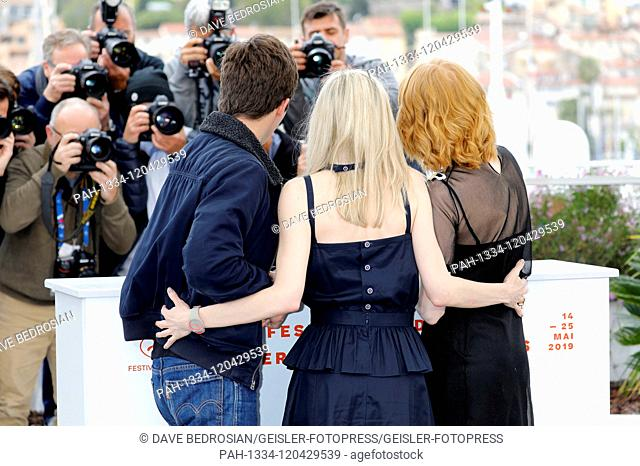 Phenix Brossard, Jessica Hauser and Emily Beecham at the 'Little Joe' photocall during the 72nd Cannes Film Festival at the Palais des Festivals on May 18