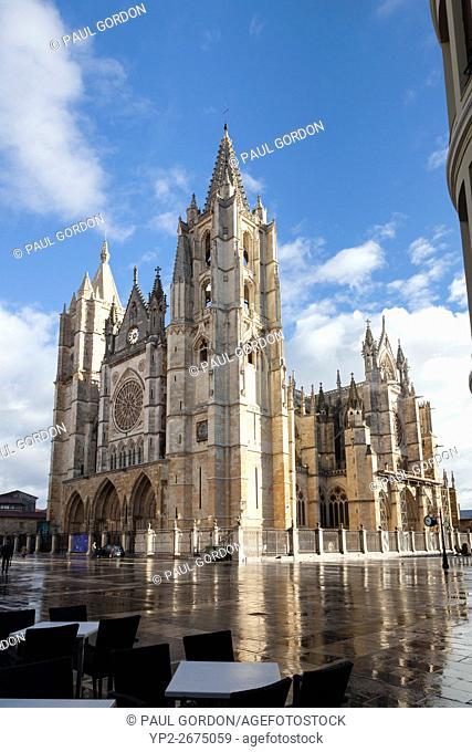 León, Spain: Santa María de León Cathedral after a rainstorm
