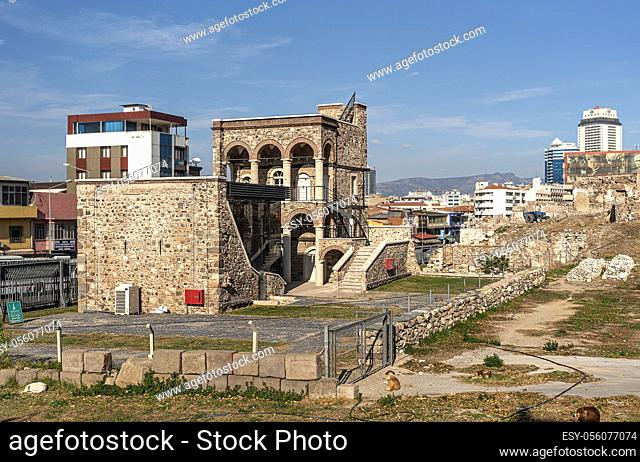 The ancient city of Smyrna Agora is known as the place where art was very intense and philosophy first emerged