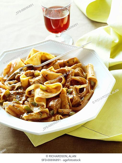 Pappardelle Pasta with Chicken and Green Pepper Ragu
