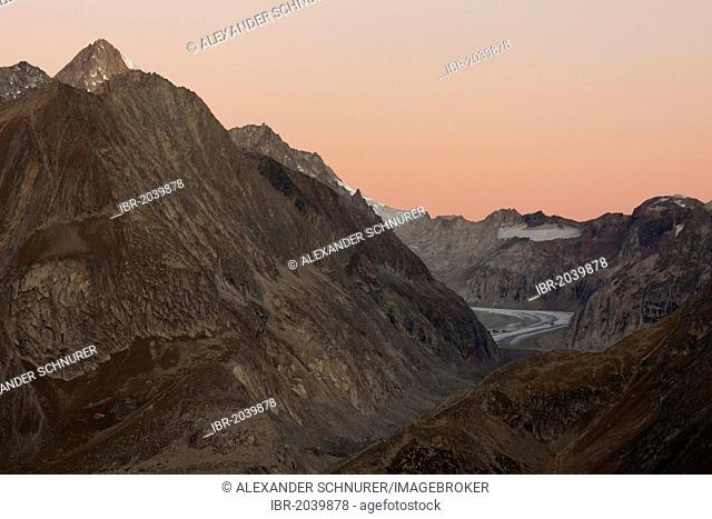 Beich Glacier, a tributary of the Aletsch Glacier with the Nesthorn Summit, 3822m, Canton of Valais, Switzerland, Europe, PublicGround