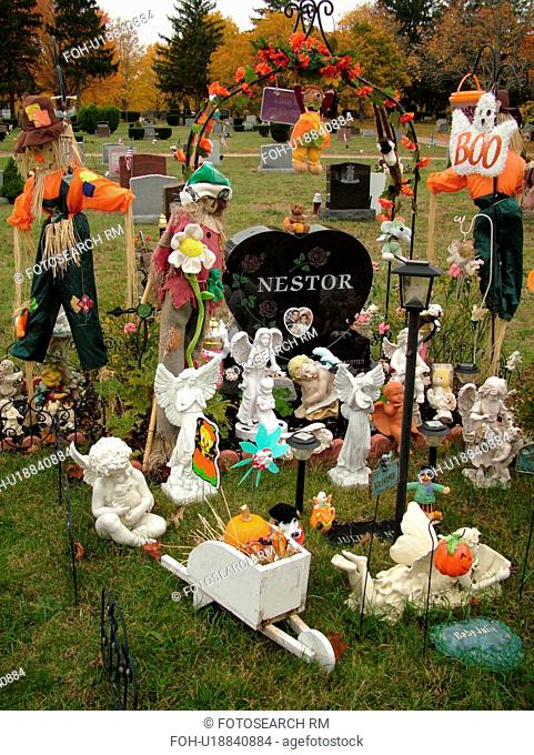 East Wareham, MA, Massachusetts, Plymouth County, Cemetery, gravesite, fall decorations