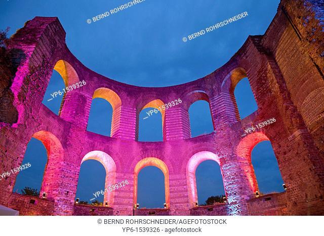 Kaiserthermen, World Heritage Site, illuminated at night, Trier, Germany