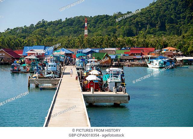 Thailand: Dive boats at the pier, Bang Bao fishing village, Ko Chang, Trat Province